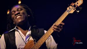 richard bona, fodera, basse, bassiste, jazz, improvisation, accords