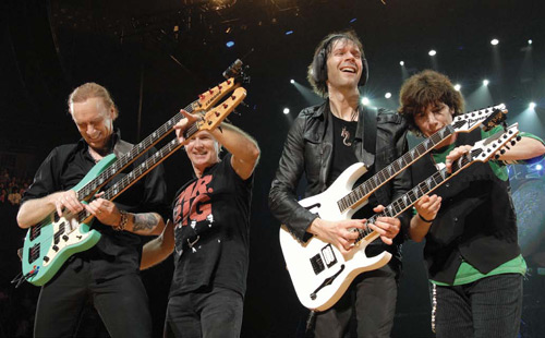 billy sheehan et paul gilbert, live budokan, yamaha, basse, tapping