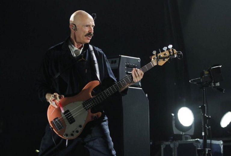 tony levin, musicman, stingray, basse, bassiste