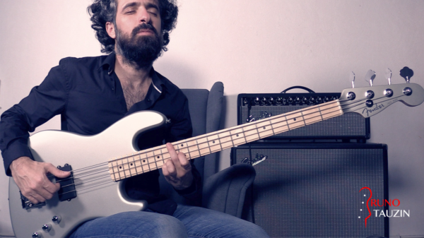 basse, bassiste, fender jazz bass, flea, baroque, classique, tablature, solo, accords